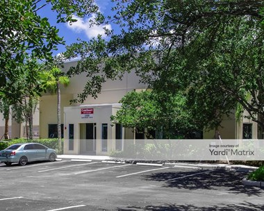 Storage Units for Rent available at 1500 North Park Drive, Weston, FL 33326 Photo Gallery 1
