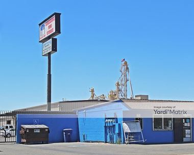 Storage Units for Rent available at 1295 Avenue 396, Kingsburg, CA 93631