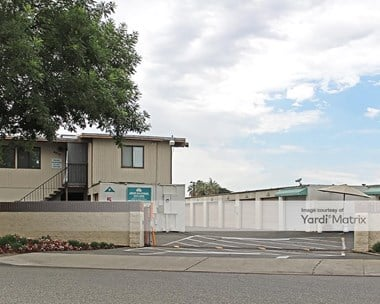 Storage Units for Rent available at 4910 East Anderson Avenue, Fresno, CA 93727 Photo Gallery 1