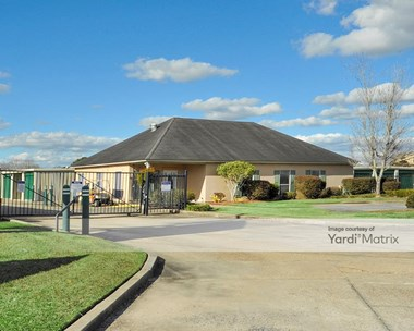Storage Units for Rent available at 13605 Coursey Blvd, Baton Rouge, LA 70817 Photo Gallery 1