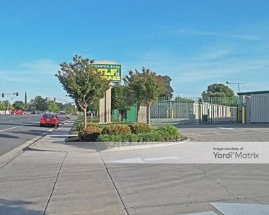 Storage Units for Rent available at 8627 Thornton Road, Stockton, CA 95209 Photo Gallery 1