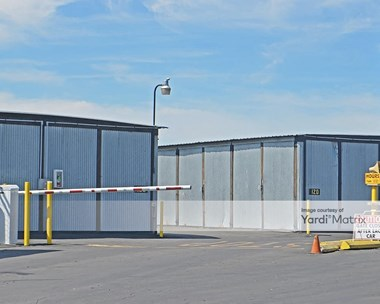 Storage Units for Rent available at 4783 North Golden State Blvd, Fresno, CA 93722 Photo Gallery 1