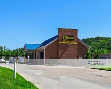 Storage Units for Rent available at 206 Vine Street, Wilder, KY 41076 Photo Gallery 1