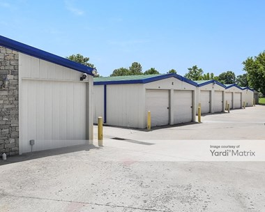 Storage Units for Rent available at 4530 South Peoria Avenue, Tulsa, OK 74105 Photo Gallery 1