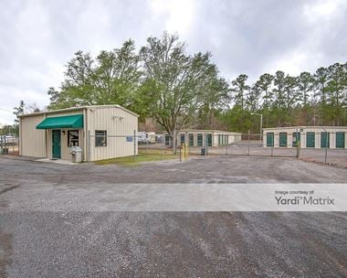 Storage Units for Rent available at 851 East Butternut Road, Summerville, SC 29483 Photo Gallery 1