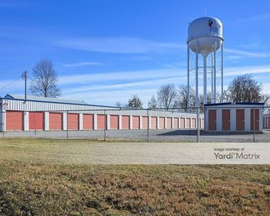 Storage Units for Rent available at 613 Highway 52 East, Portland, TN 37148