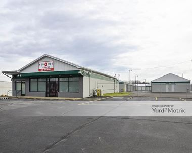 Storage Units for Rent available at 1304 5th Avenue West, Springfield, TN 37172