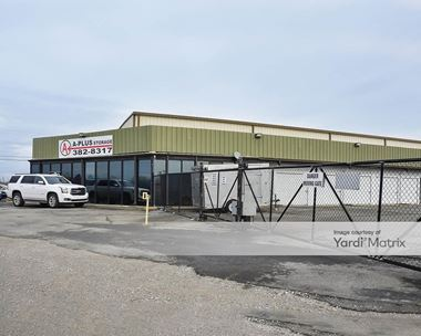 Storage Units for Rent available at 2758 17th Connector Avenue, Springfield, TN 37172