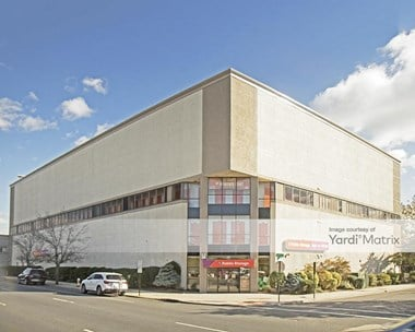 Storage Units for Rent available at 484 Sunrise Hwy, Rockville Centre, NY 11570 Photo Gallery 1