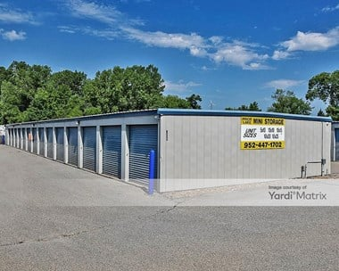 Storage Units for Rent available at 6000 Credit River Road, Prior Lake, MN 55372 Photo Gallery 1