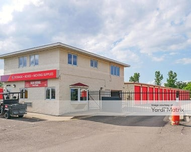 Storage Units for Rent available at 9640 Hudson Road, Woodbury, MN 55125 Photo Gallery 1