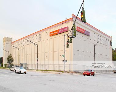 Storage Units for Rent available at 400 Nepperhan Avenue, Yonkers, NY 10701