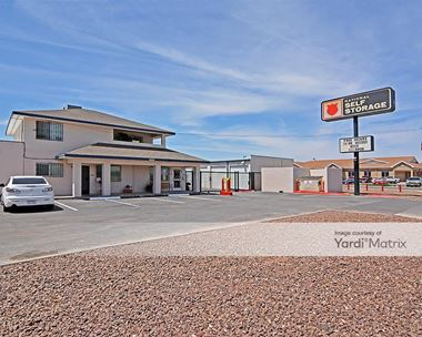Storage Units for Rent available at 10560 North Loop Drive, El Paso, TX 79927