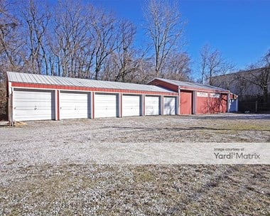 Storage Units for Rent available at 906 Tonsor Road, Alton, IL 62002 Photo Gallery 1