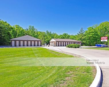 Storage Units for Rent available at 11120 Veterans Memorial Pkwy, Lake St. Louis, MO 63367