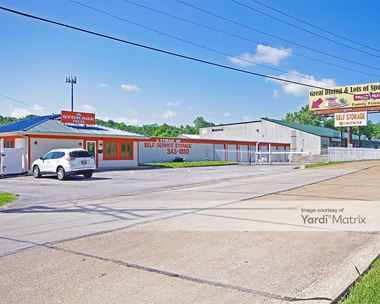 Storage Units for Rent available at 1166 Gravois Road, Fenton, MO 63026