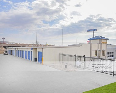 Storage Units for Rent available at 10921 Sapp Brothers Drive, Omaha, NE 68138 Photo Gallery 1