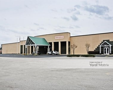 Storage Units for Rent available at 5653 Highway 25, Flowood, MS 39212 Photo Gallery 1