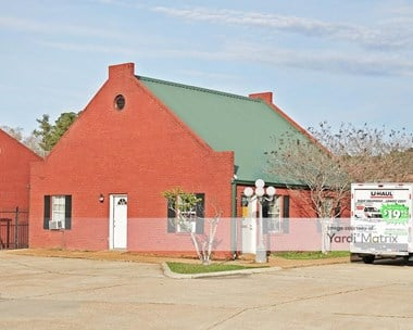 Storage Units for Rent available at 1370 West Government Street, Brandon, MS 39042 Photo Gallery 1