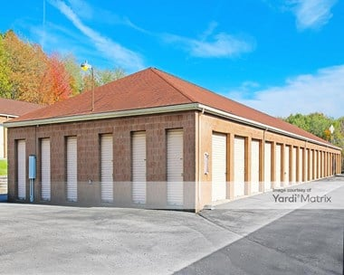 Storage Units for Rent available at 1267 Southeast Avenue, Tallmadge, OH 44278 Photo Gallery 1