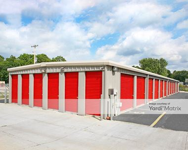 Storage Units for Rent available at 1350 Orlen Avenue, Cuyahoga Falls, OH 44221