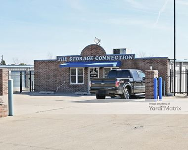 Storage Units for Rent available at 12521 North Garnett Road, Collinsville, OK 74021