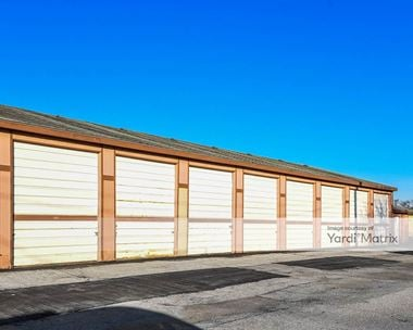 Storage Units for Rent available at 2406 Avenue L, Council Bluffs, IA 51501
