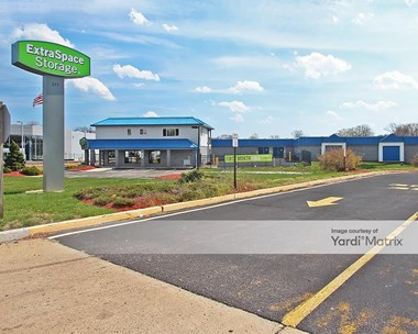 Storage Units for Rent available at 317 Route 37 East, Toms River, NJ 08753 Photo Gallery 1