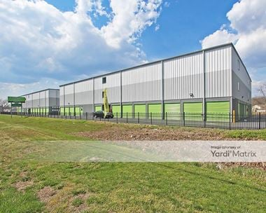 Storage Units for Rent available at 3200 NJ-37, Toms River, NJ 08753