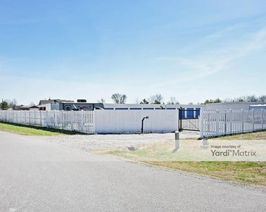 Storage Units for Rent available at 17648 East 106th Place, Owasso, OK 74055 Photo Gallery 1