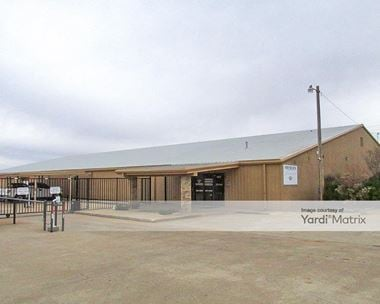 Storage Units for Rent available at 1617 OK-66, El Reno, OK 73036