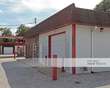 Storage Units for Rent available at 200 Wilson Blvd, Richmond, MO 64085 Photo Gallery 1