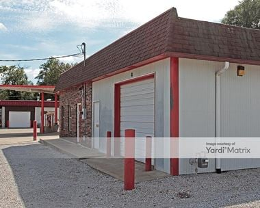 Storage Units for Rent available at 200 Wilson Blvd, Richmond, MO 64085