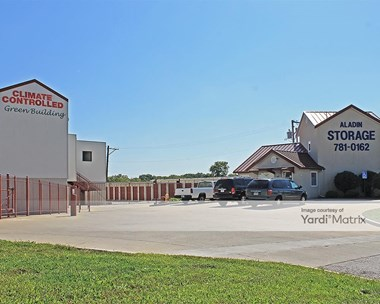 Storage Units for Rent available at 701 North Highway 291, Liberty, MO 64068 Photo Gallery 1