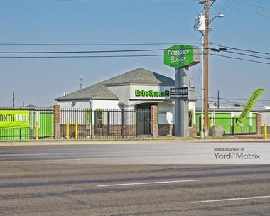 Image for Extra Space Storage - 5306 North Grandview Avenue, TX
