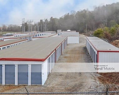 Storage Units for Rent available at 110 Plymouth Drive, Maryville, TN 37801 Photo Gallery 1