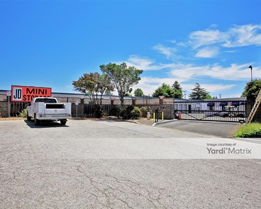 Storage Units for Rent available at 4180 Gross Road, Capitola, CA 95010 Photo Gallery 1