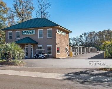 Storage Units for Rent available at 1025 Bacons Bridge Road, Summerville, SC 29485 Photo Gallery 1