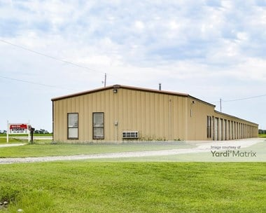Storage Units for Rent available at 1513 South Spencer Road, Newton, KS 67114 Photo Gallery 1