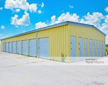 Storage Units for Rent available at 4801 North Broadway, Park City, KS 67219 Photo Gallery 1
