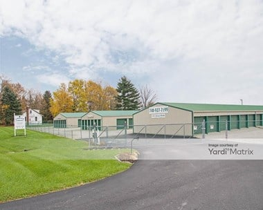 Storage Units for Rent available at 13410 Lucille Lynd Road SW, New Albany, OH 43054 Photo Gallery 1
