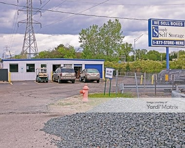Storage Units for Rent available at 810 East Cooke Road, Columbus, OH 43214 Photo Gallery 1