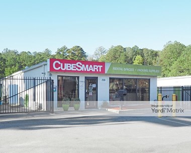 Storage Units for Rent available at 208 Jamil Road, Columbia, SC 29210 Photo Gallery 1