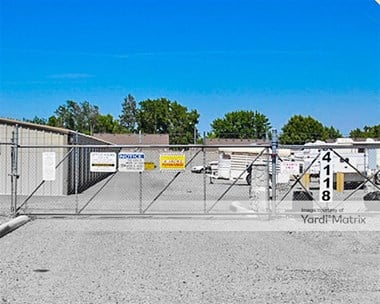 Storage Units for Rent available at 4118 West Clearwater Avenue, Kennewick, WA 99336 Photo Gallery 1