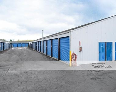 Storage Units for Rent available at 141 SW Queen Avenue, Albany, OR 97322