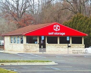 Storage Units for Rent available at 25440 Pennsylvania Road, Taylor, MI 48180 Photo Gallery 1
