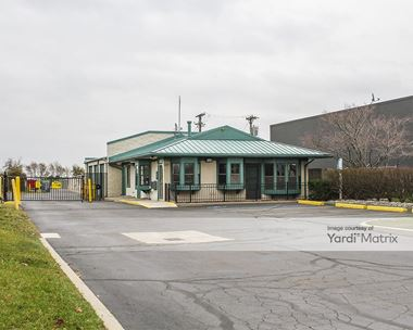 Storage Units for Rent available at 1150 Coolidge Hwy, Troy, MI 48084