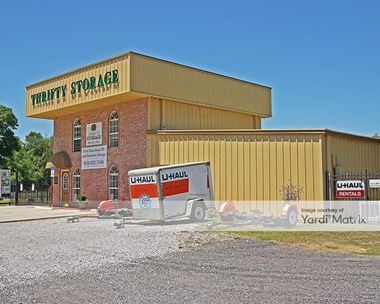 Storage Units for Rent available at 3800 Mobile Hwy, Pensacola, FL 32505
