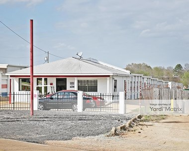Storage Units for Rent available at 2372 Highway 80 West, Jackson, MS 39204 Photo Gallery 1