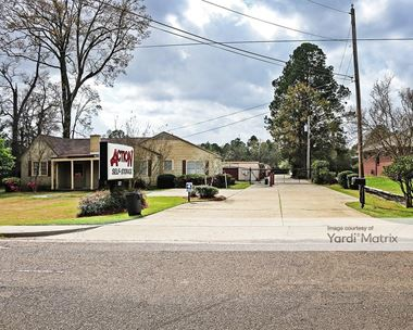 Storage Units for Rent available at 327 Briarwood Drive, Jackson, MS 39206